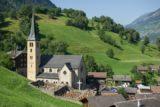 Dorfteil von Grengiols mit der Pfarrkirche St. Peter